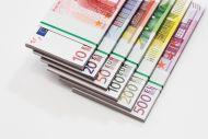 Φορολογική μεταχείριση των υποτροφιών, των χρηματικών βραβείων και των βοηθημάτων - οικονομικών ενισχύσεων