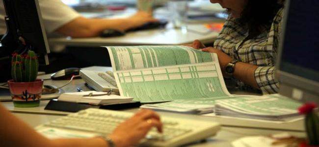 Picture 0 for Αυλαία για τις φορολογικές δηλώσεις - 100.000 περίπου σε εκκρεμότητα