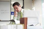Πότε παίρνει τηλέφωνο τους φορολογούμενους η εφορία