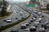 «Φρένο» των εφοριών στην αναγκαστική ακινησία οχημάτων ως ανασφάλιστου