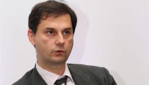 Picture 0 for Bloomberg: Εδιωξαν τον Θεοχάρη γιατί ήθελε να ελέγξει 300 πλούσιους Ελληνες